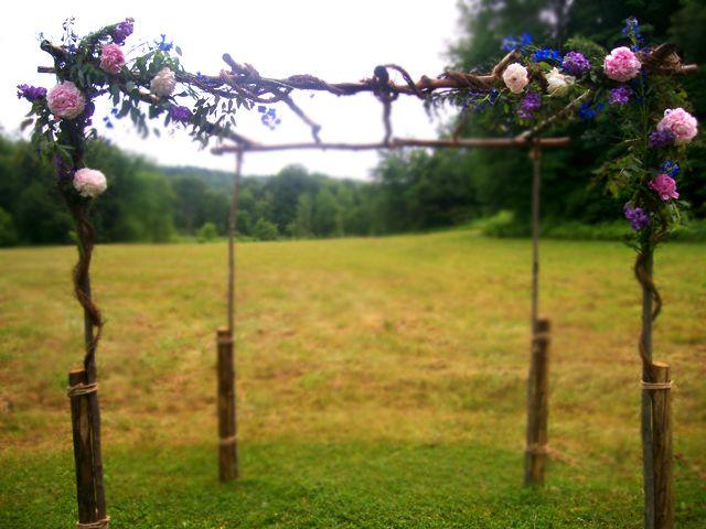 Trellis Outdoor Wedding Ceremonies: Country Garden Wedding Arbors