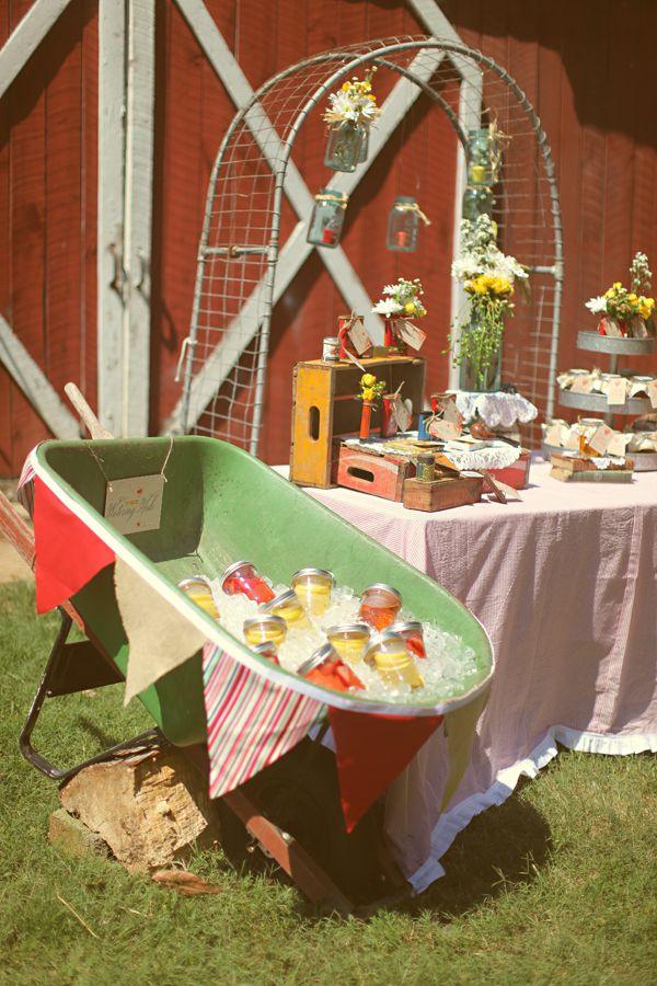 Vintage Style Wedding Ideas Inspired By Flea Market Finds
