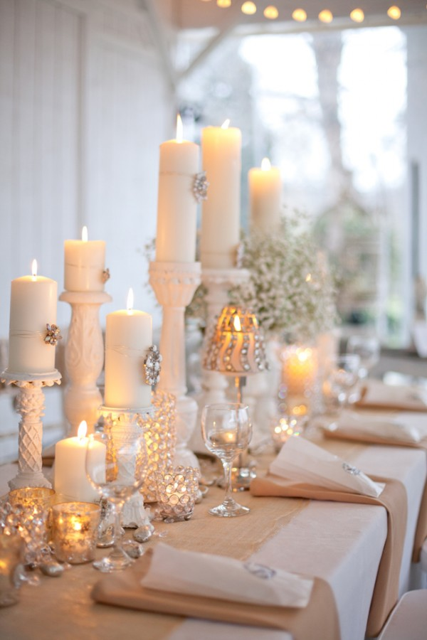Burlap wedding table center pieces trees n trends gustitosmios - Deco table noel chic ...