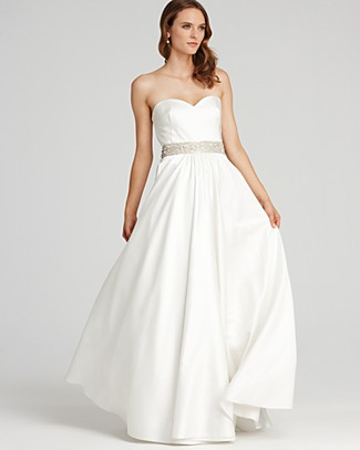 Wedding gowns under 600 dollars down