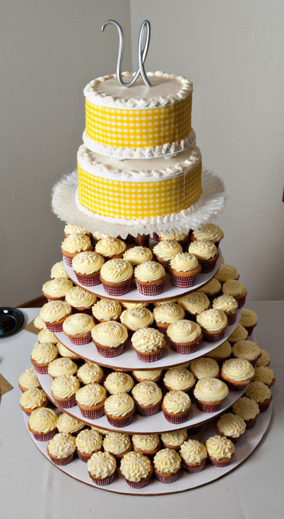 cupcake wedding cakes nashville tn real rustic wedding nashville tn rustic wedding chic 13179