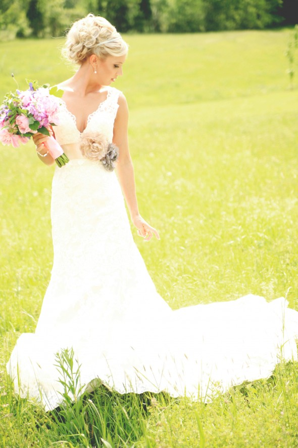 A vintage rustic style real wedding rustic wedding chic for Rustic country wedding dresses