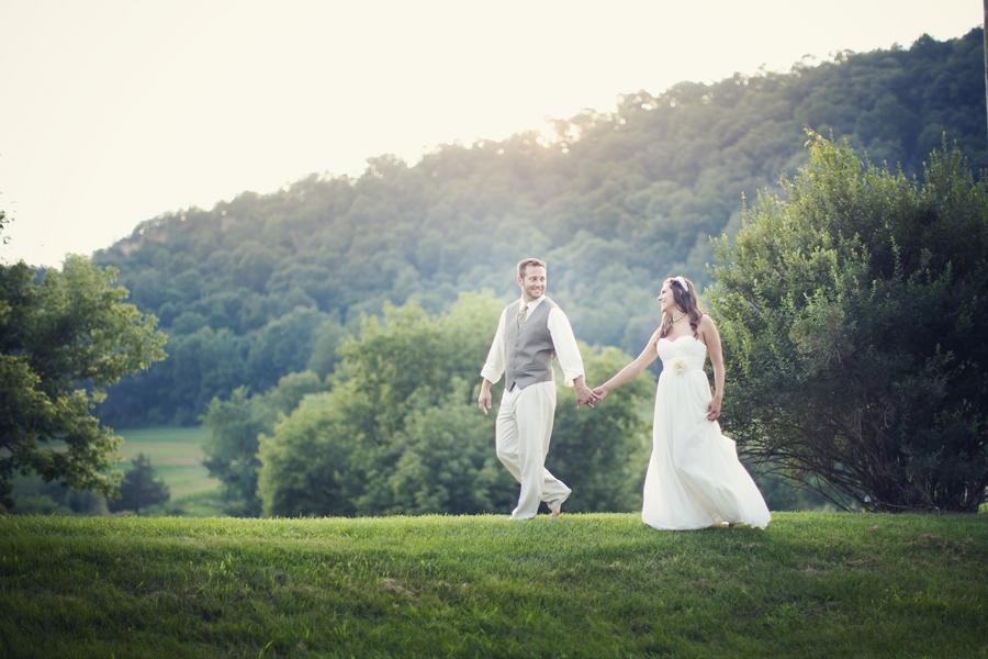 WI Farm Style Wedding