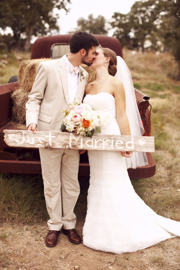 one of a kind vintage chic wedding centerpieces that this bride chose