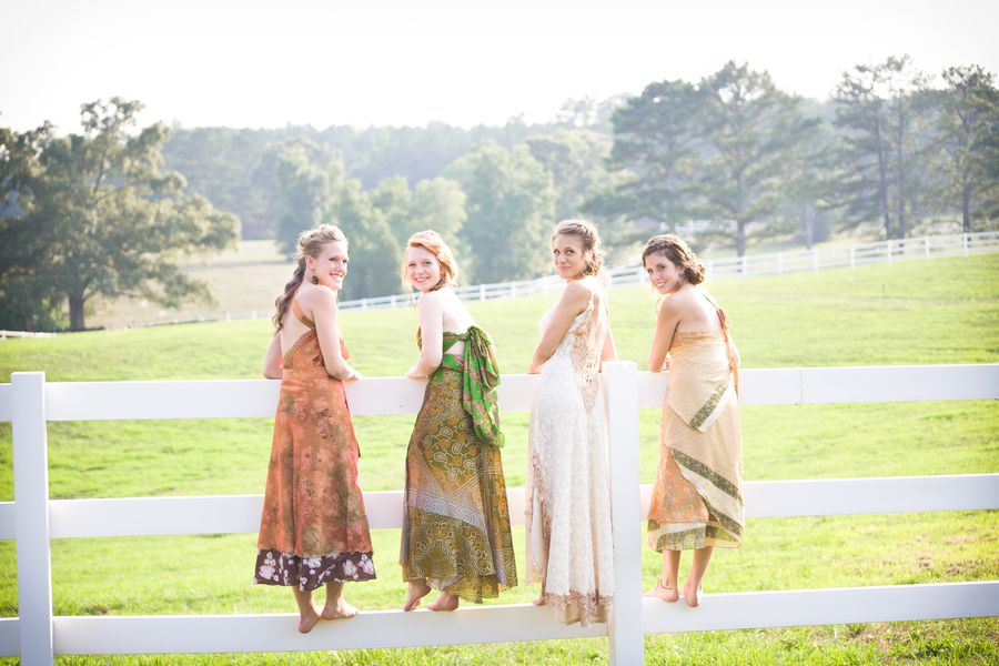 Rustic Country Bride & Bridesmaids