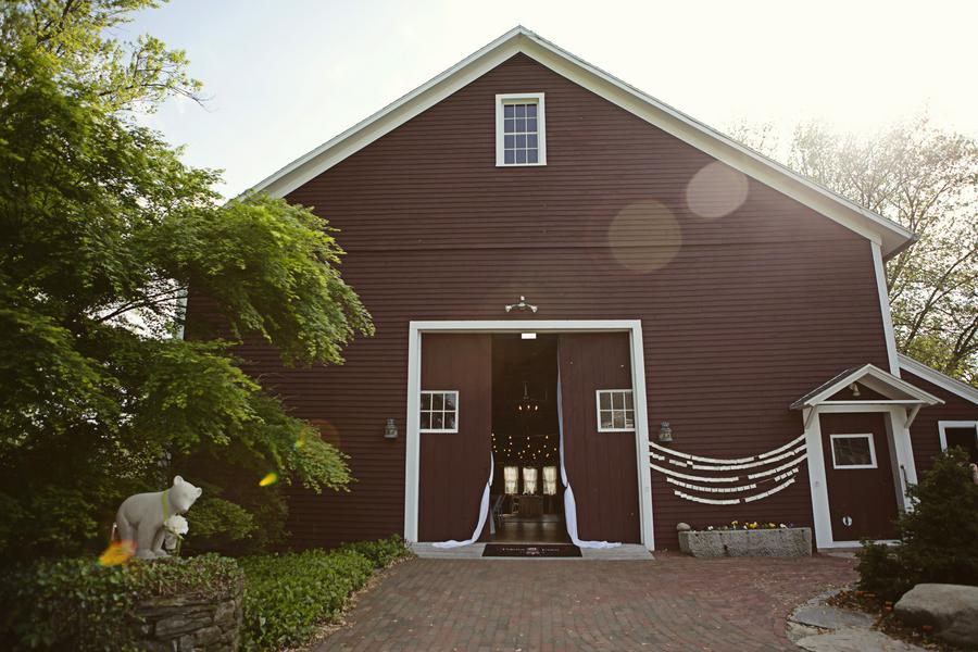 Barn Wedding In Connecticut - Rustic Wedding Chic