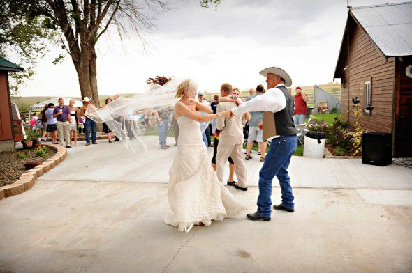 country-backyard-wedding