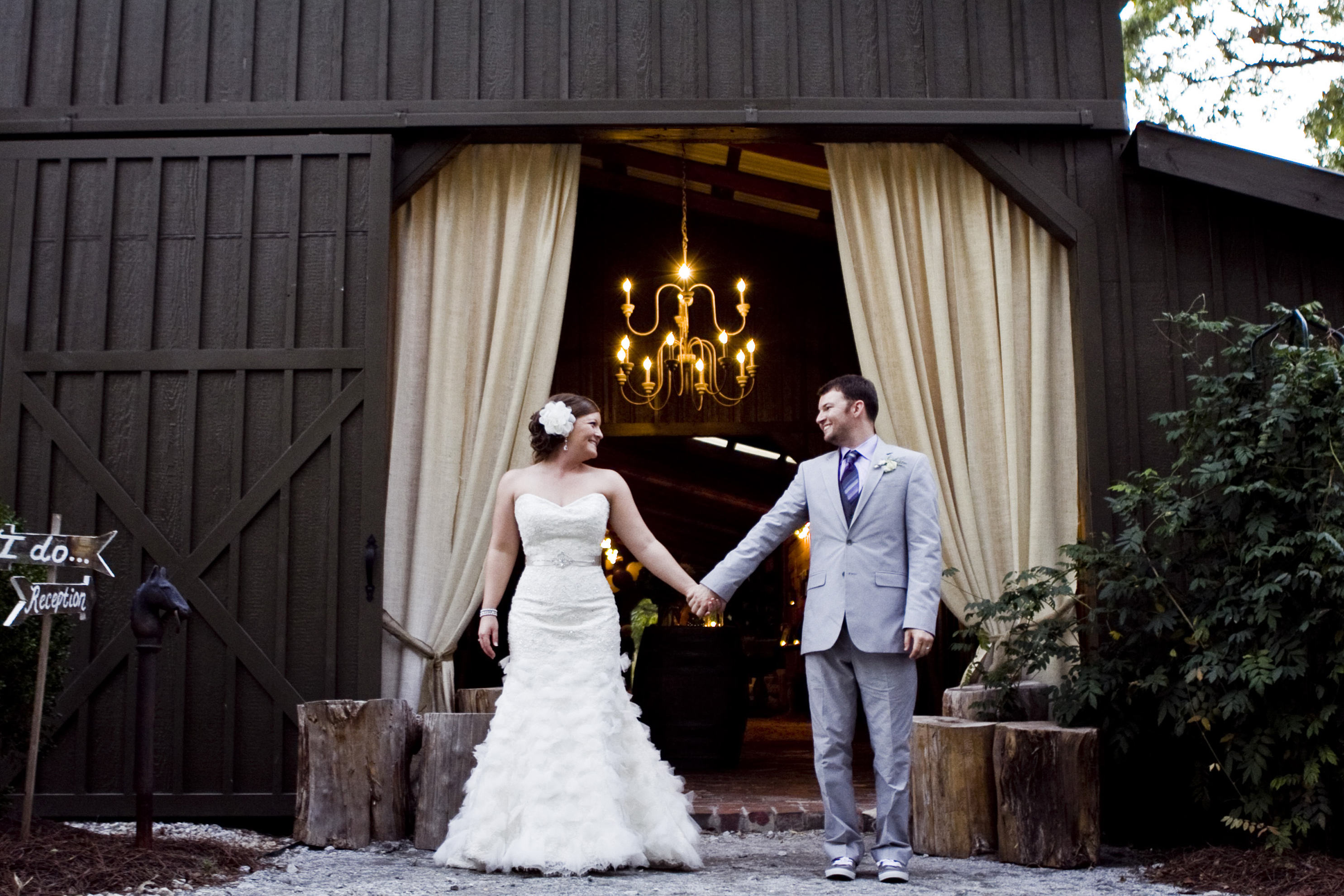 Georgia Barn Vintage Style Wedding At Vinewood