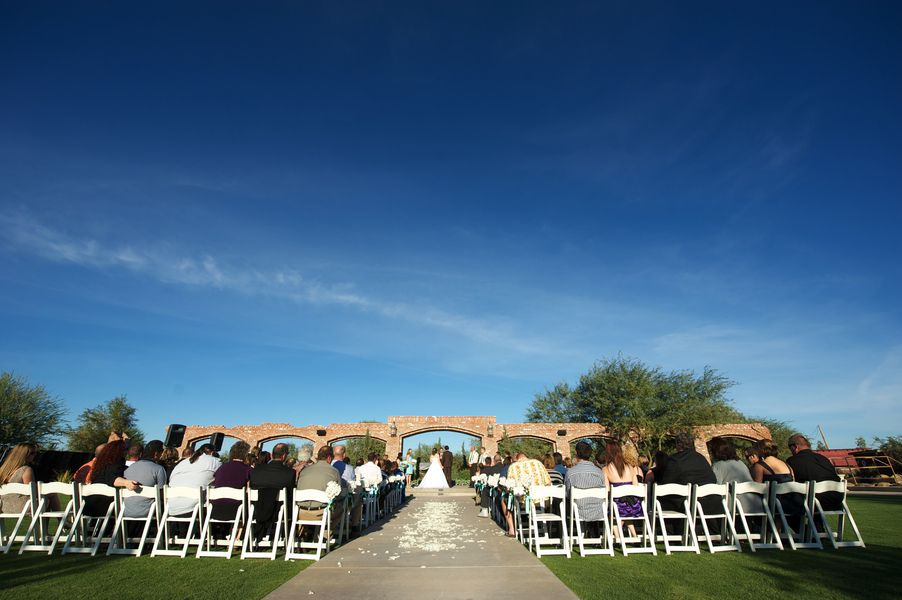 Arizona Barn Wedding At The Windmill Winery In Florence