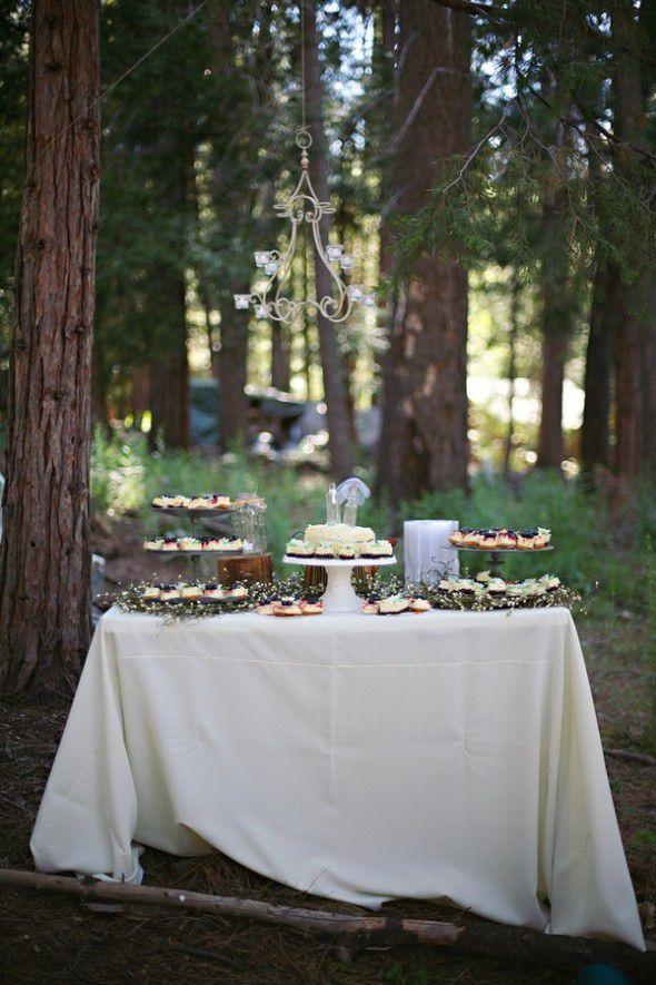 rustic-wedding-cupcakes