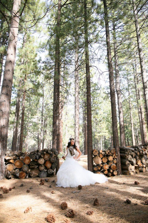 rustic-woodsy-bride
