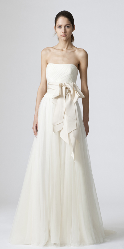 Vera wang gowns for a rustic wedding rustic wedding chic for Vera wang wedding dresses rent