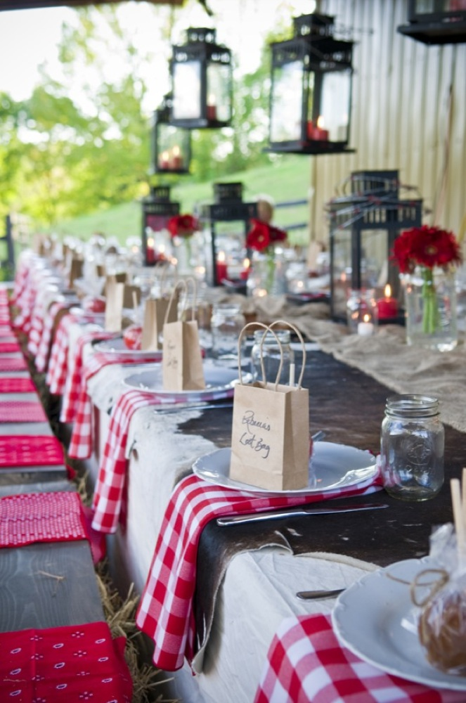 Western style rehearsal dinner rustic wedding chic - Deco table guinguette ...
