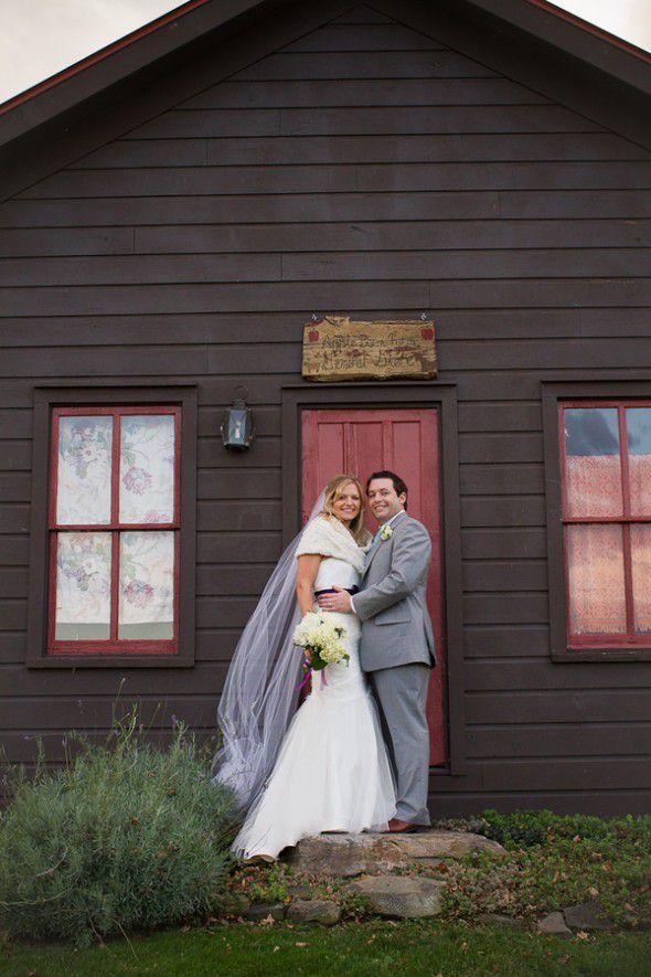 apple-barn-farm-wedding