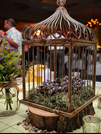 bird-cage-wedding-centerpice