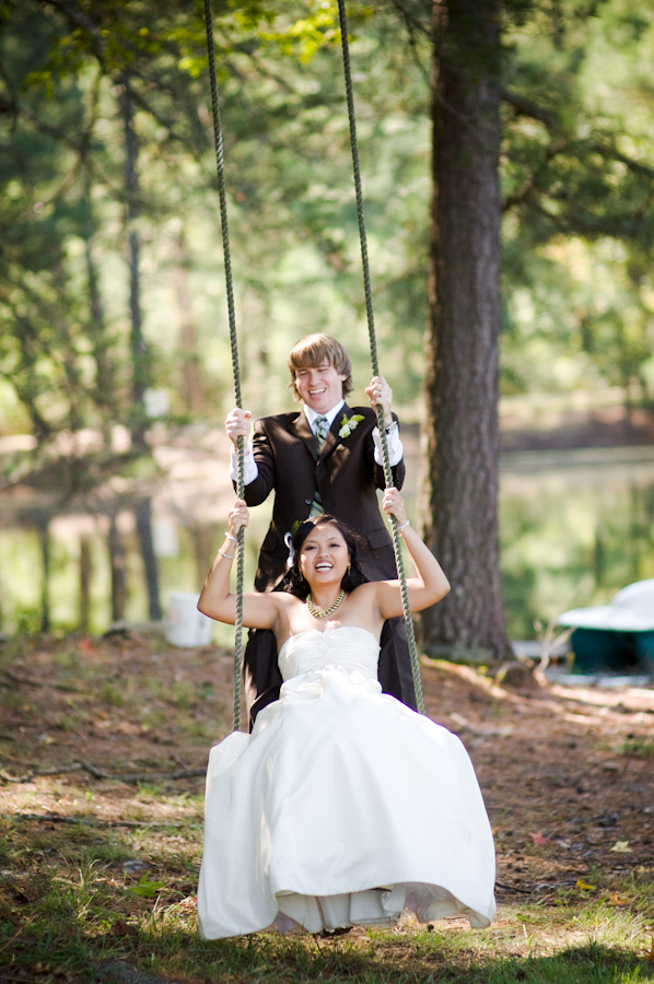 bride-in-country-on-swing