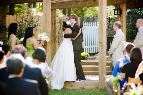 country-backyard-wedding-ceremony