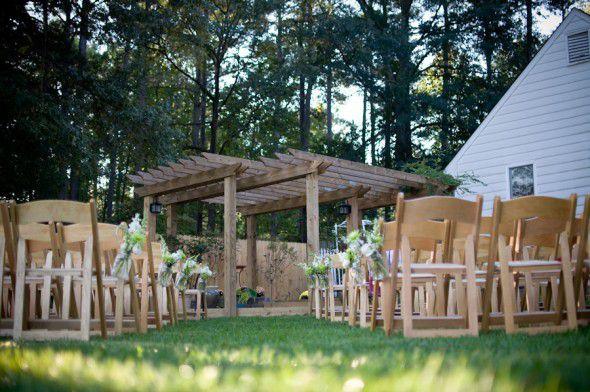 outdoor-backyard-wedding