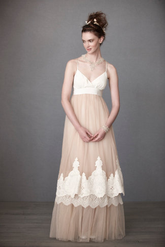 Vintage style wedding gowns for a summer wedding rustic for Vintage rustic wedding dresses