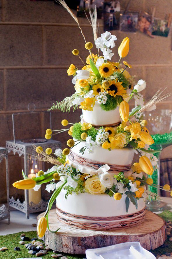 rustic wedding cakes with sunflowers sunflower theme wedding rustic wedding chic 19574