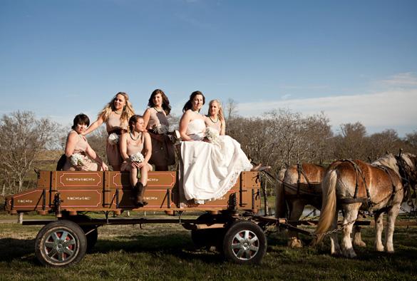 Barn Wedding On A Budget - Rustic Wedding Chic