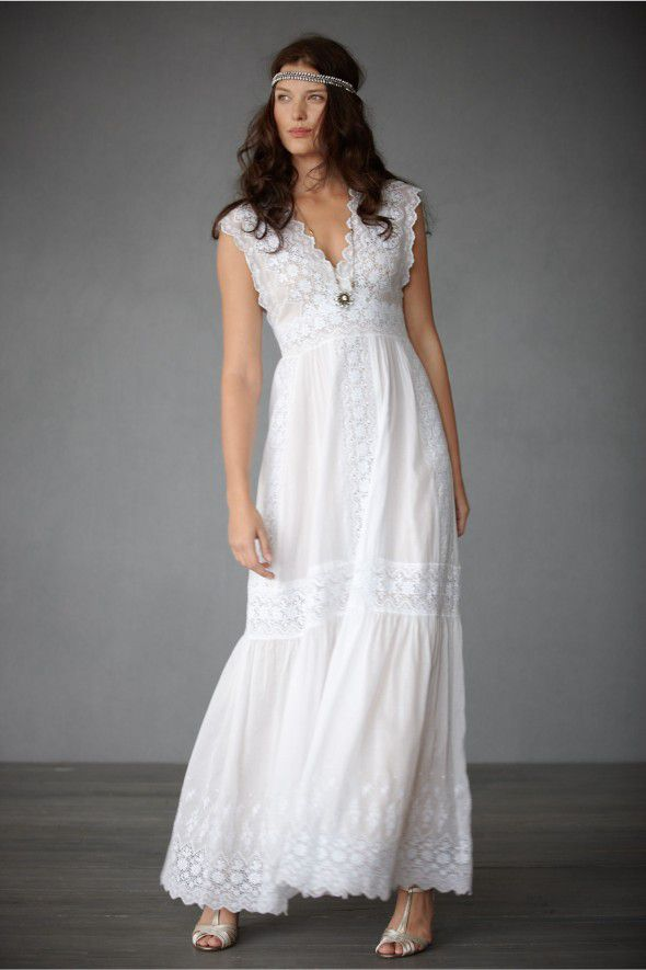 The Perfect Wedding Gowns For Each Season - Rustic Wedding Chic