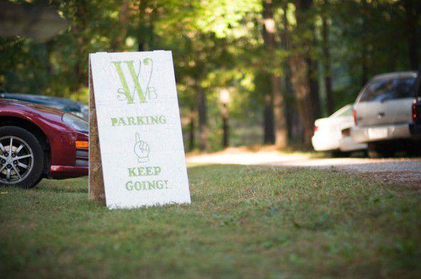rustic-wedding-welcome-sign