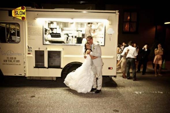 food trucks at wedding rustic wedding chic