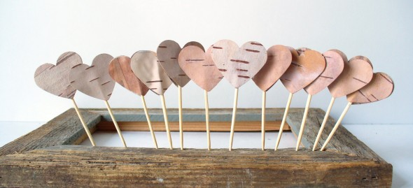 birch-heart-cake-topper