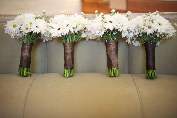 daisy-rustic-wedding-bouquet
