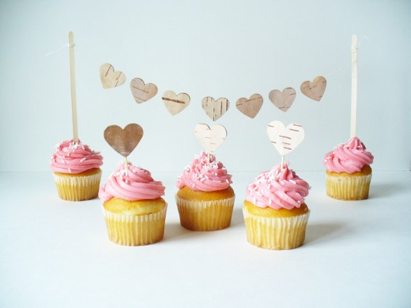 heart-cake-toppers