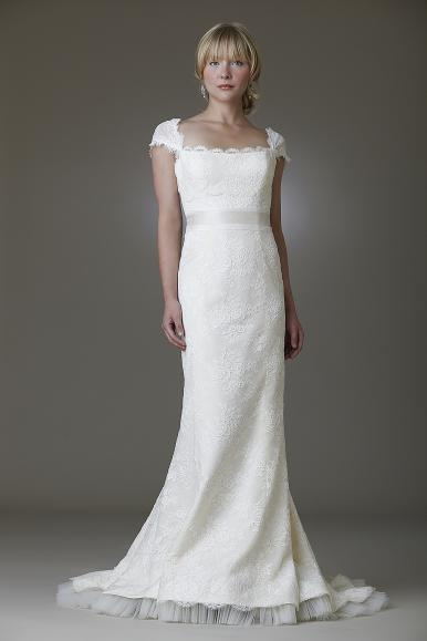 Wedding Dresses For A Rustic Wedding : Lace wedding gowns for a rustic chic