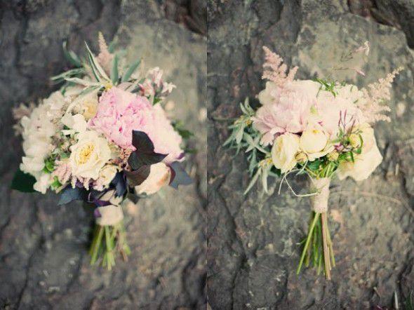 pink-white-wedding-bouquet
