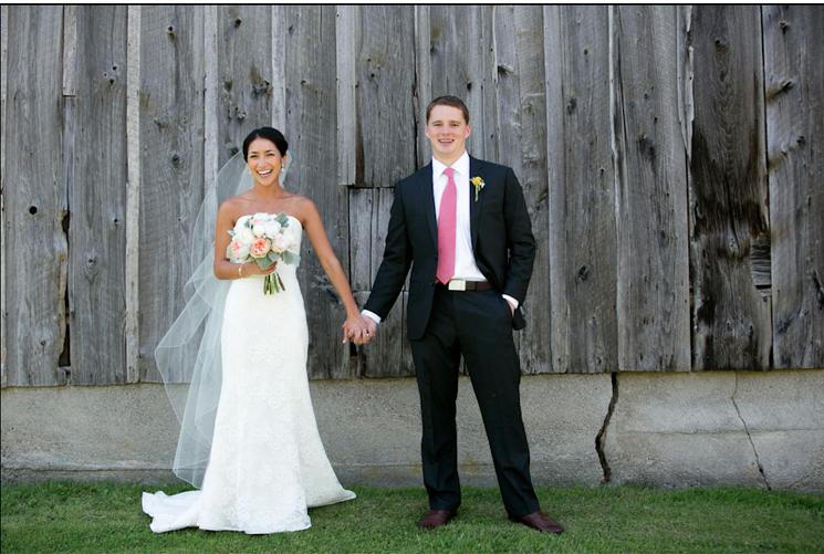 rustic-chic-wedding-couple