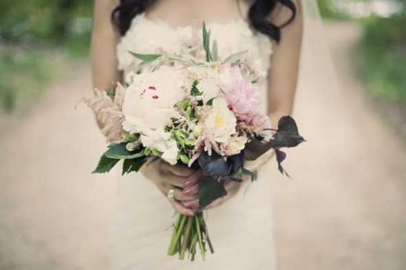 wildflower-wedding-bouquets