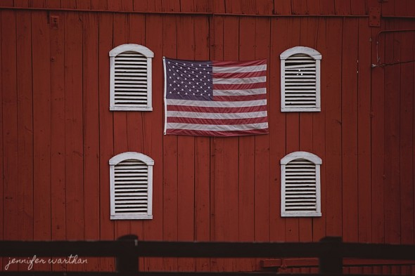 american-flag-barn-wedding