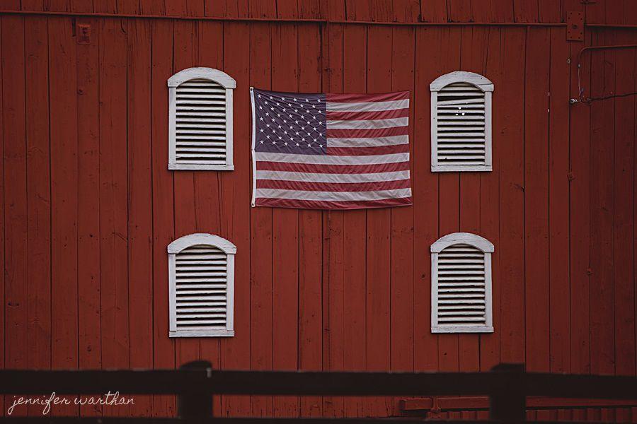 american-flag-barn-wedding