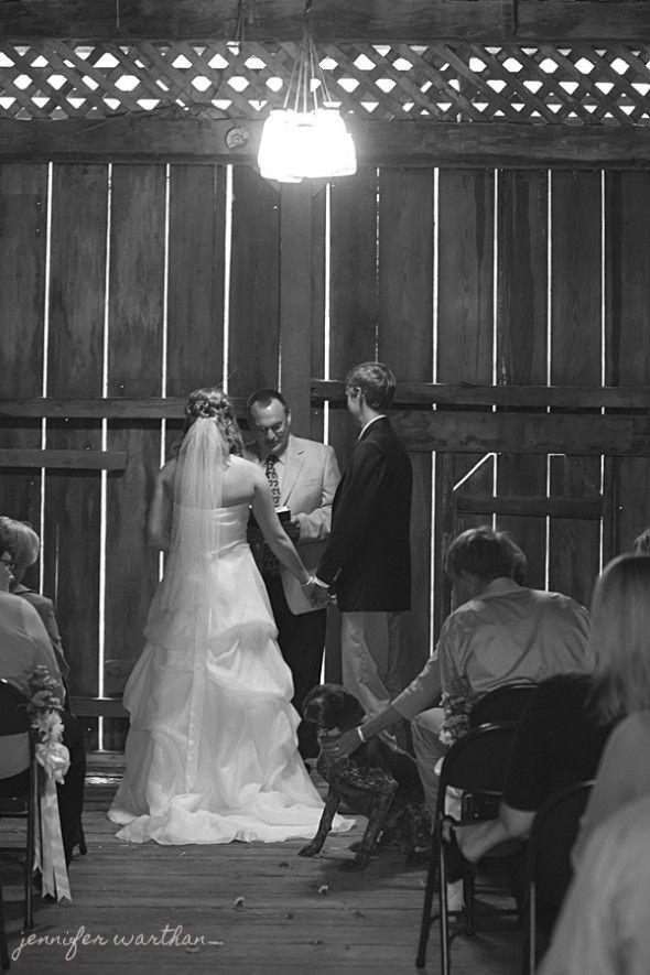 barn-wedding-ceremony