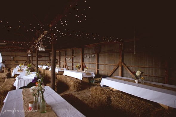 barn-wedding-decorations