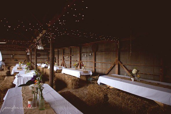 barn-wedding-decorations