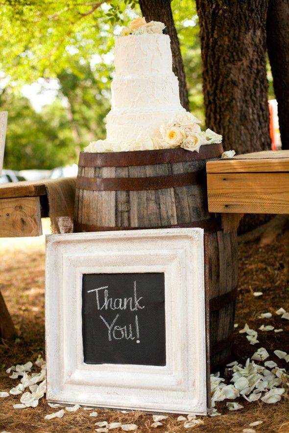 texas-ranch-wedding-cake