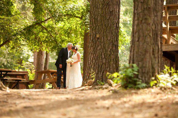outdoor-rustic-wedding-in-texas