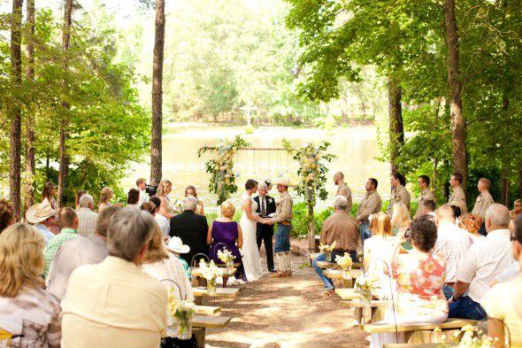 rustic-texas-wedding
