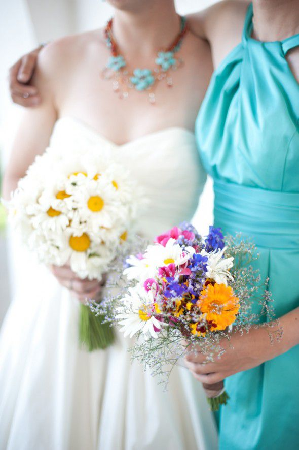 country-wedding-bouquets