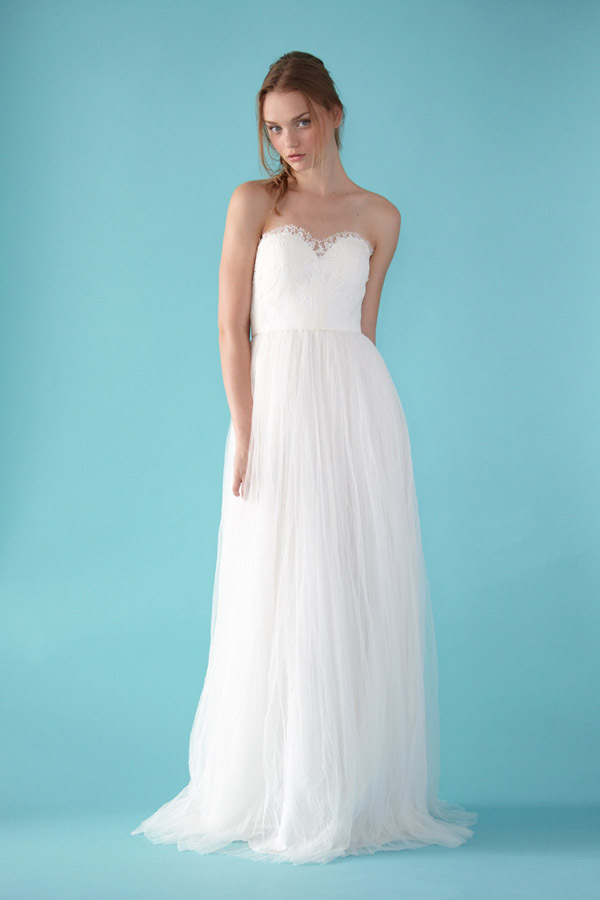 Wedding Dresses For A Rustic Wedding : Gowns for a glamorous country style wedding rustic chic