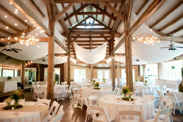 barn-wedding-in-missouri
