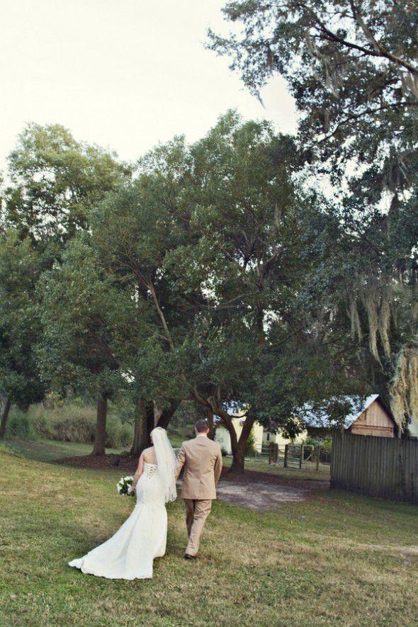 fl-barn-wedding