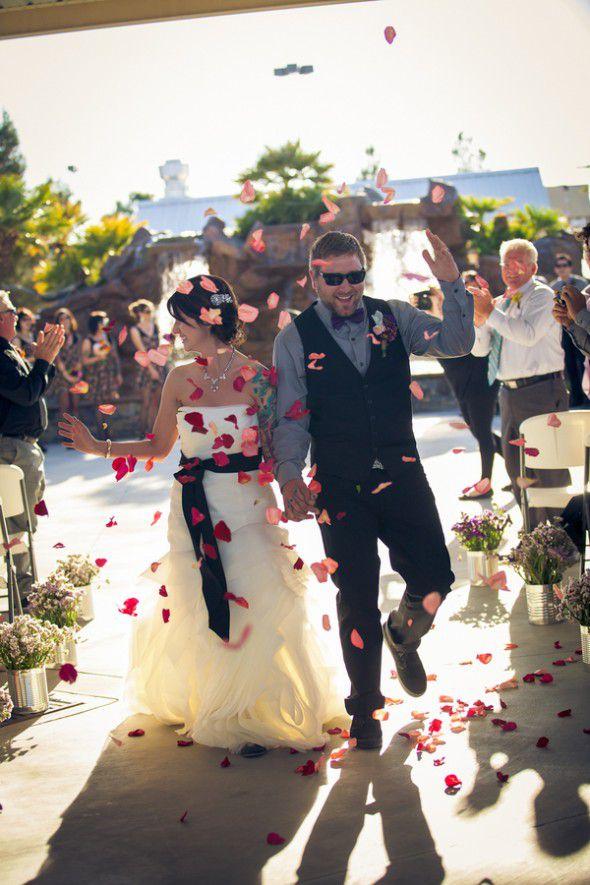 antelope-valley-fairground-wedding