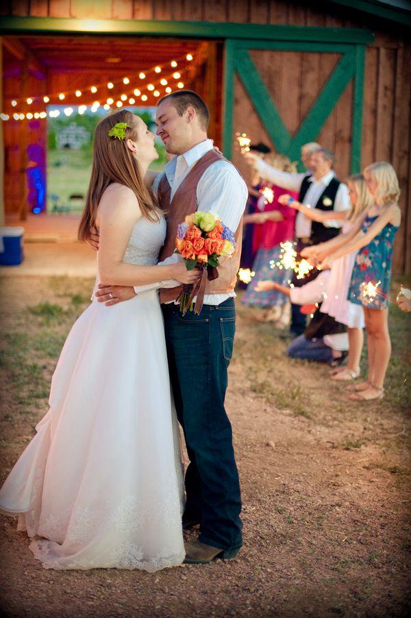 colorado-barn-wedding