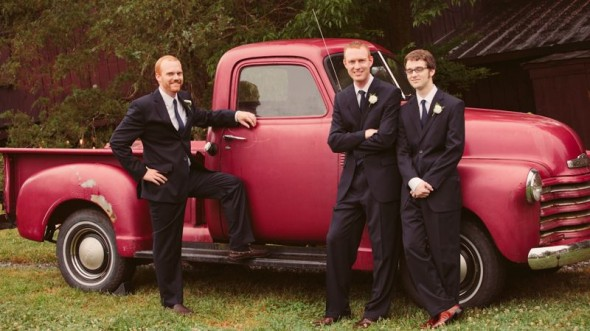 red-pickup-truck-at-wedding